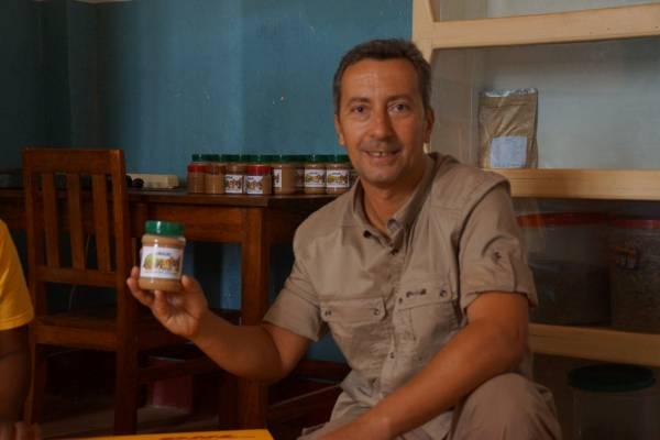 immagini spedizione crema nutrizionale in Guinea Bissau